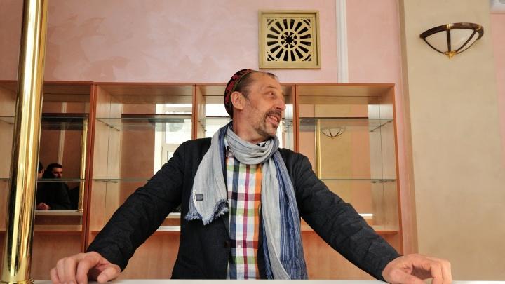 «Корона с головы не свалится»: Николай Коляда залезет в кредит, чтобы спасти артистов своего театра