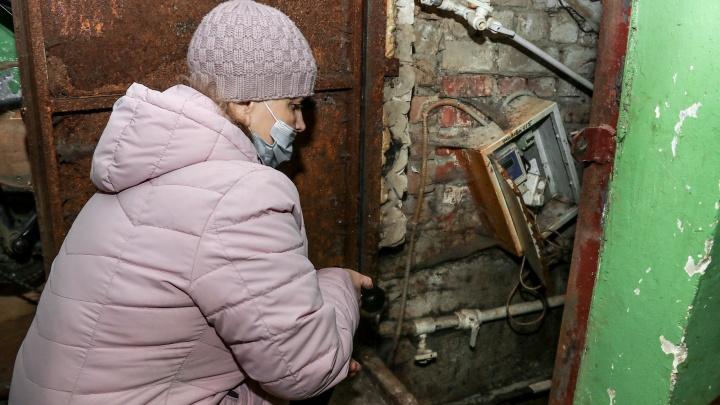 «В сырости размножаются крысы»: жители двух нижегородских домов несколько лет страдают от зловония