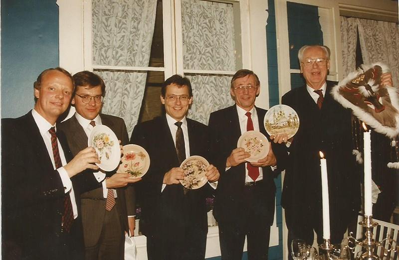 1992 год. В штаб-квартире компании «Тетра Пак». Крайний справа Рубен Раусинг — человек, который, по мнению Алексея Капустина, спас российскую пищевую промышленность. Фото сделано во время поездки в Швецию директоров петербургских молокозаводов