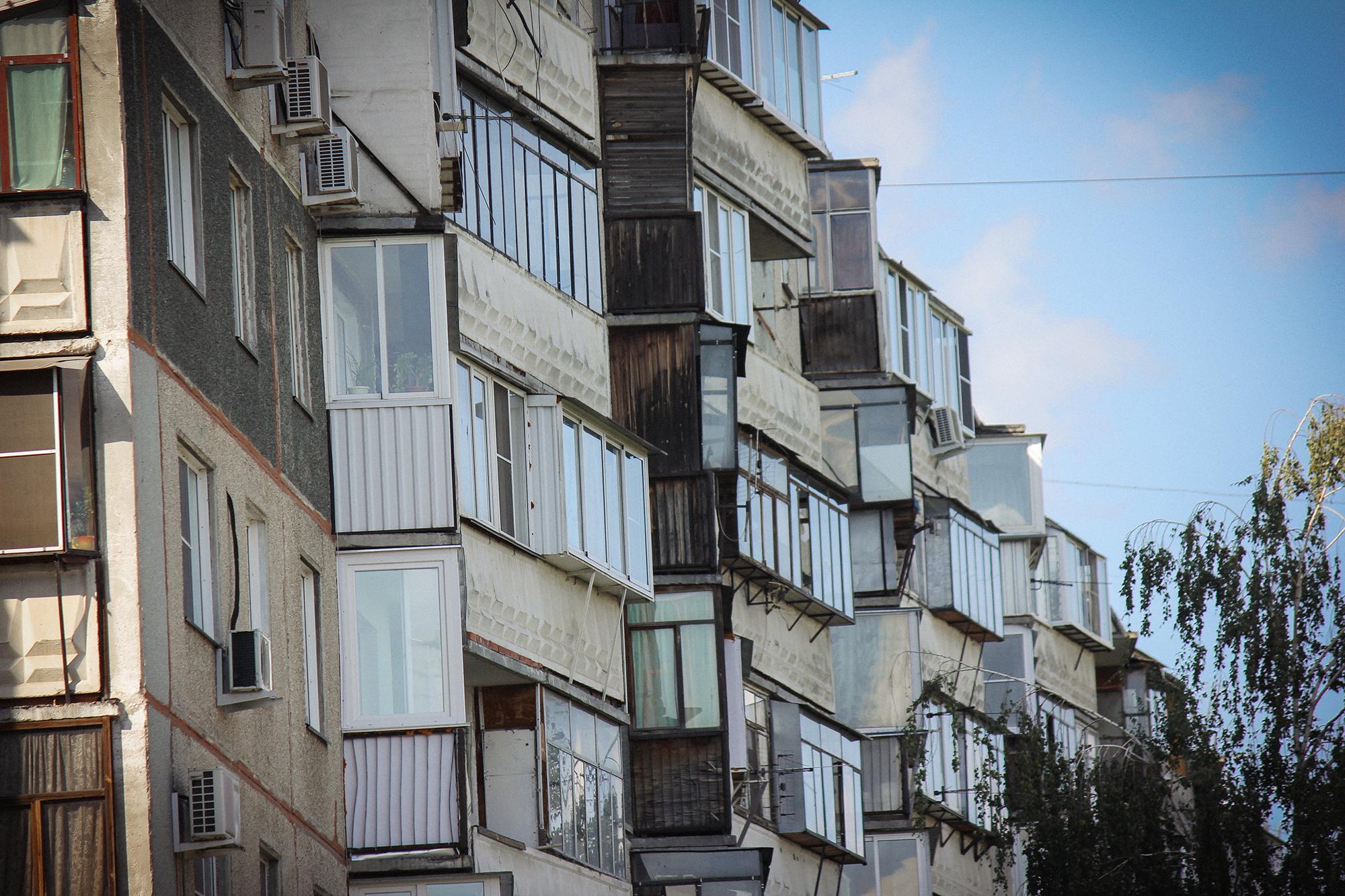 Многие российские балконы живо говорят о том, как в стране соблюдают законы