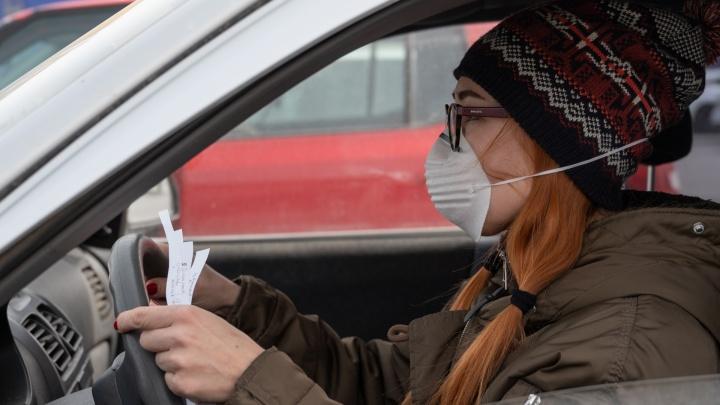 Три тонны продуктов для 300 человек: как ростовские волонтеры помогают пожилым в условиях пандемии