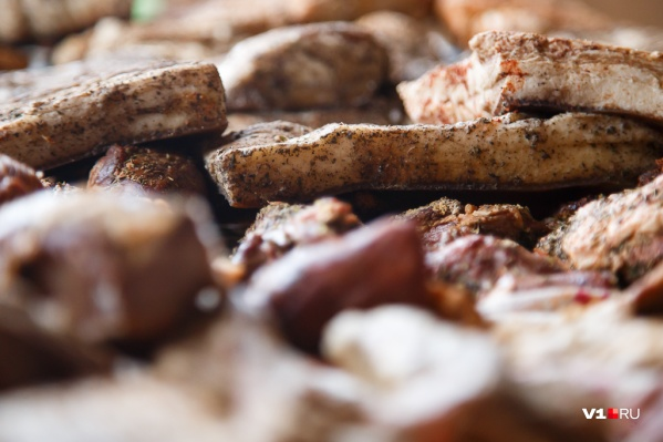 Огню предадут остатки сырья и уже сделанную из зараженного мяса продукцию