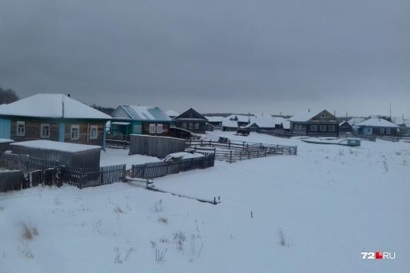 В поселке Ачиры живёт 300 человек