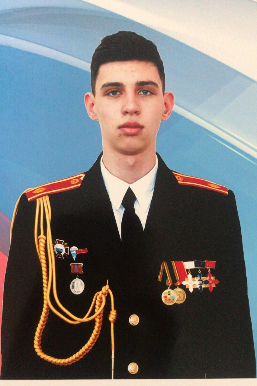 Иван готовится к поступлению в московский вуз