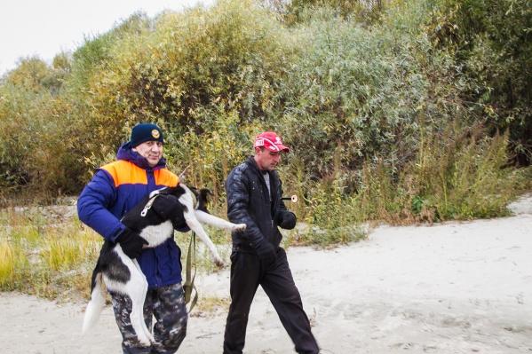 Сотрудники ГИМС устроили спасательную операцию вместе с волонтёрами