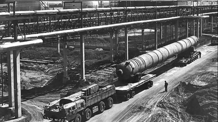 От первой тонны до мировых рекордов: история завода «Тольяттиазот» в ретро-фотографиях