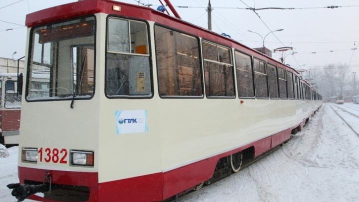 Челябинские транспортники после эпичного схода трамвая рассказали, где поменяют рельсы