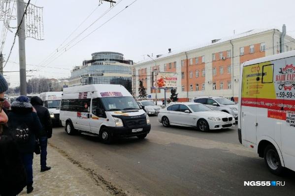 До 1 января маршрут обслуживал перевозчик Анатолий Войтенко