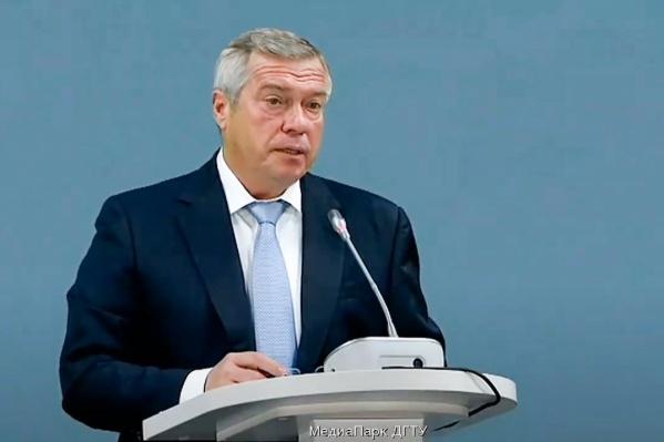 На оснащение образовательных учреждений выделили 403 миллиона рублей