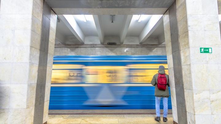 В Самаре сократили план по ремонту и покупке вагонов метро
