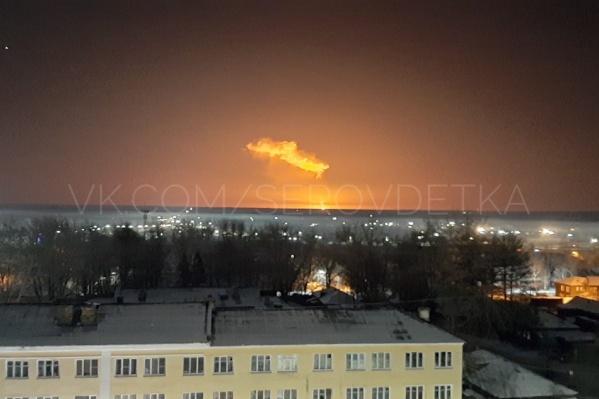 Местные жители услышали взрыв и увидели огонь в небе