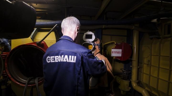 Александр Цыбульский призвал руководство Севмаша серьезно заняться безопасностью сотрудников