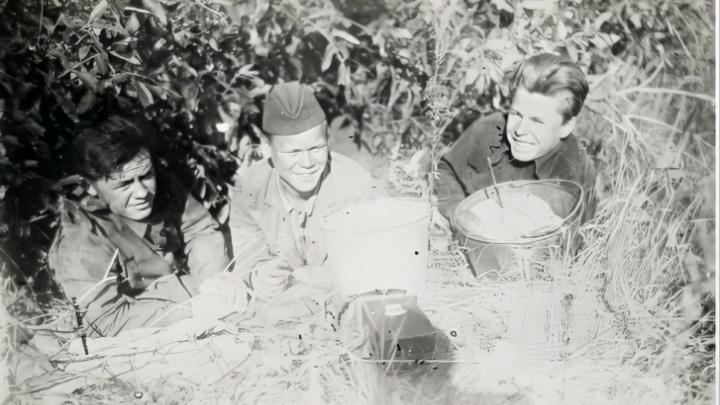 Собирала боевой хлеб на день рождения бабушки: 14 историй героев войны
