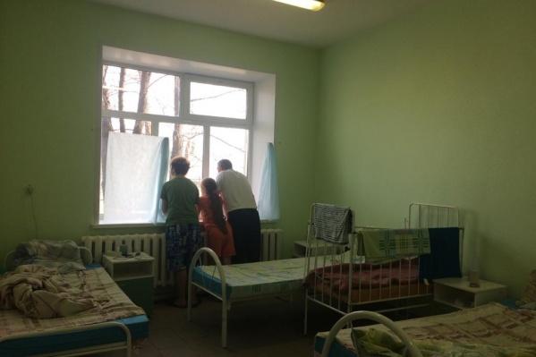 Галина Гурбанова оказалась в больнице вместе с мужем и двумя детьми