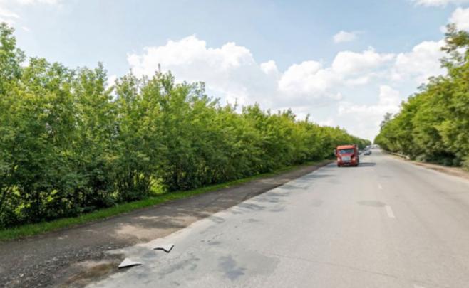 Власти объявили о ремонте двух километров Гусинобродского шоссе рядом с кладбищем