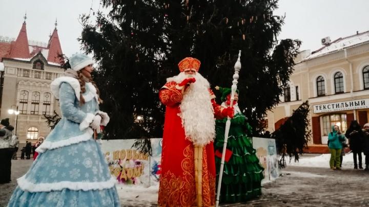 «Здравствуйте, Дедушка Коронавирус»: рыбинцы неоднозначно отнеслись к «НаШествию Дедов Морозов»