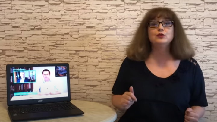 Нижегородская Училка сравнила ошибки в речи Навального и Путина