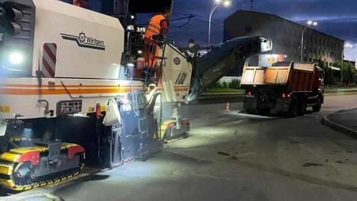 В Кемерово проспект Шахтёров ремонтируют по ночам. Илья Середюк рассказал почему