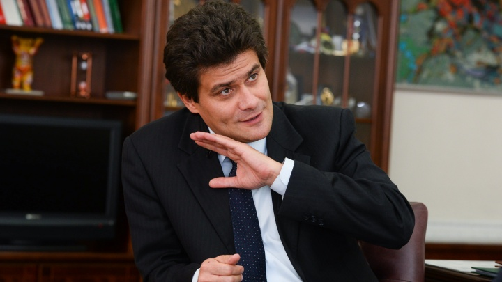 Губернатор пообещал смягчить режим самоизоляции. Мэр объяснил, почему этого не будет в Екатеринбурге