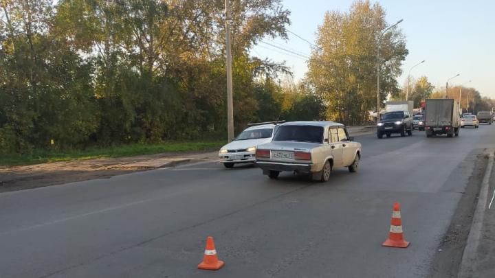 «Газель» сбила велосипедиста и скрылась с места аварии на Хилокской