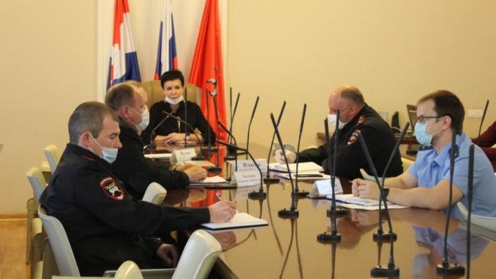 Чиновники провели совещание по поводу проблем пермского транспорта. Что на нём обсуждали