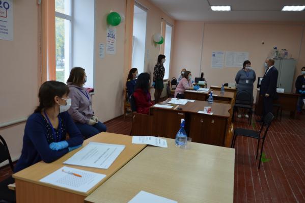 В Курганской области в голосованиипо выборам депутатов областной думы по единому избирательному округу лидирует «Единая Россия»