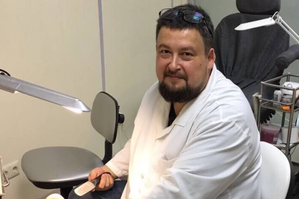 Борис Окунев — автор индивидуальных программ по обучению аппаратно-медицинскому педикюру