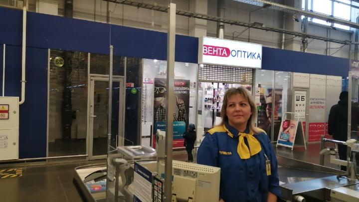 «Пенсионеры и молодые мамочки»: продавцы рассказали, кто в Волгограде выносил мешками гречку из магазинов