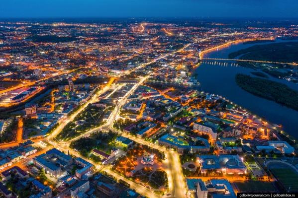 Как видим, свет в Омске пока побеждает тьму