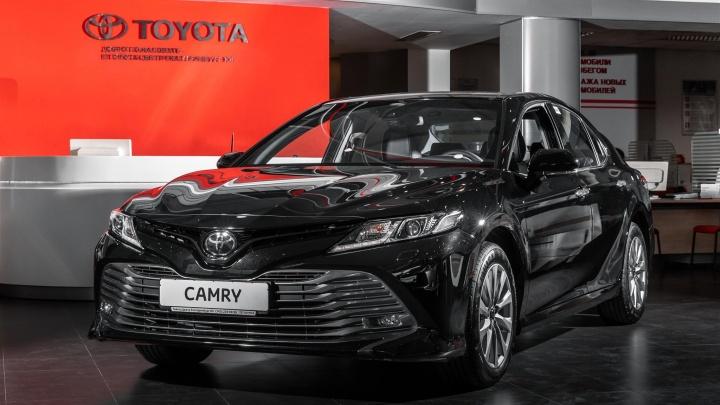 Автомобиль за 9000 рублей в месяц: как купить Toyota Camry, если денег на нее нет