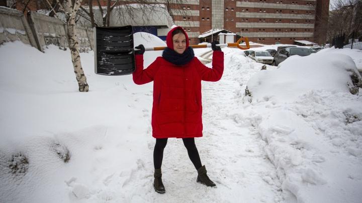Притворяемся дворником: считаем, сколько человек нужно, чтобы очистить Новосибирск от снега за 5 минут