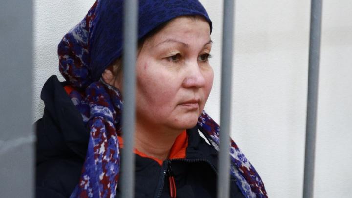 Обвиняемые в убийстве ребенка сектанты останутся за решеткой до конца августа
