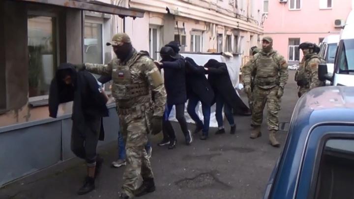 Силовики задержали восьмерых студентов-иностранцев красноярского вуза