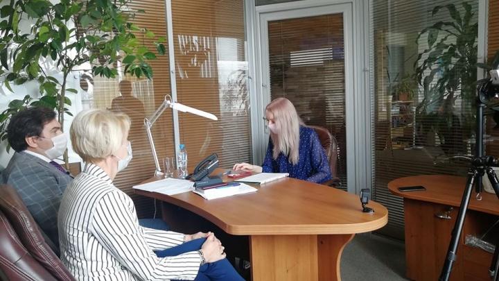 Почему переполнены госпитали и можно ли заразиться в больнице: 20 вопросов министру о ситуации в Новосибирске