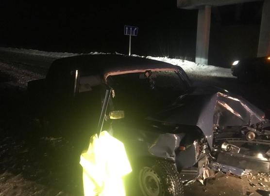 На трассе под Самарой в ДТП разбились насмерть два человека
