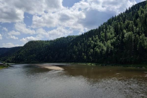 Жители Кузбасса неоднократно жаловались в соцсетях на помутнение рек