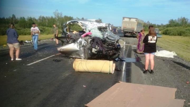 Водителю, которого обвиняют в гибели целой семьи на трассе, грозит семь лет колонии