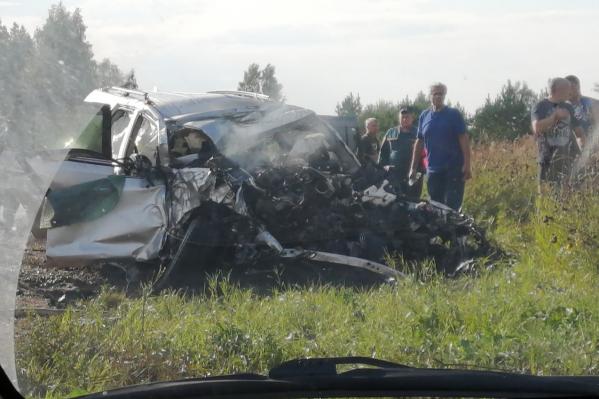 Водитель «Крузера» погиб на месте