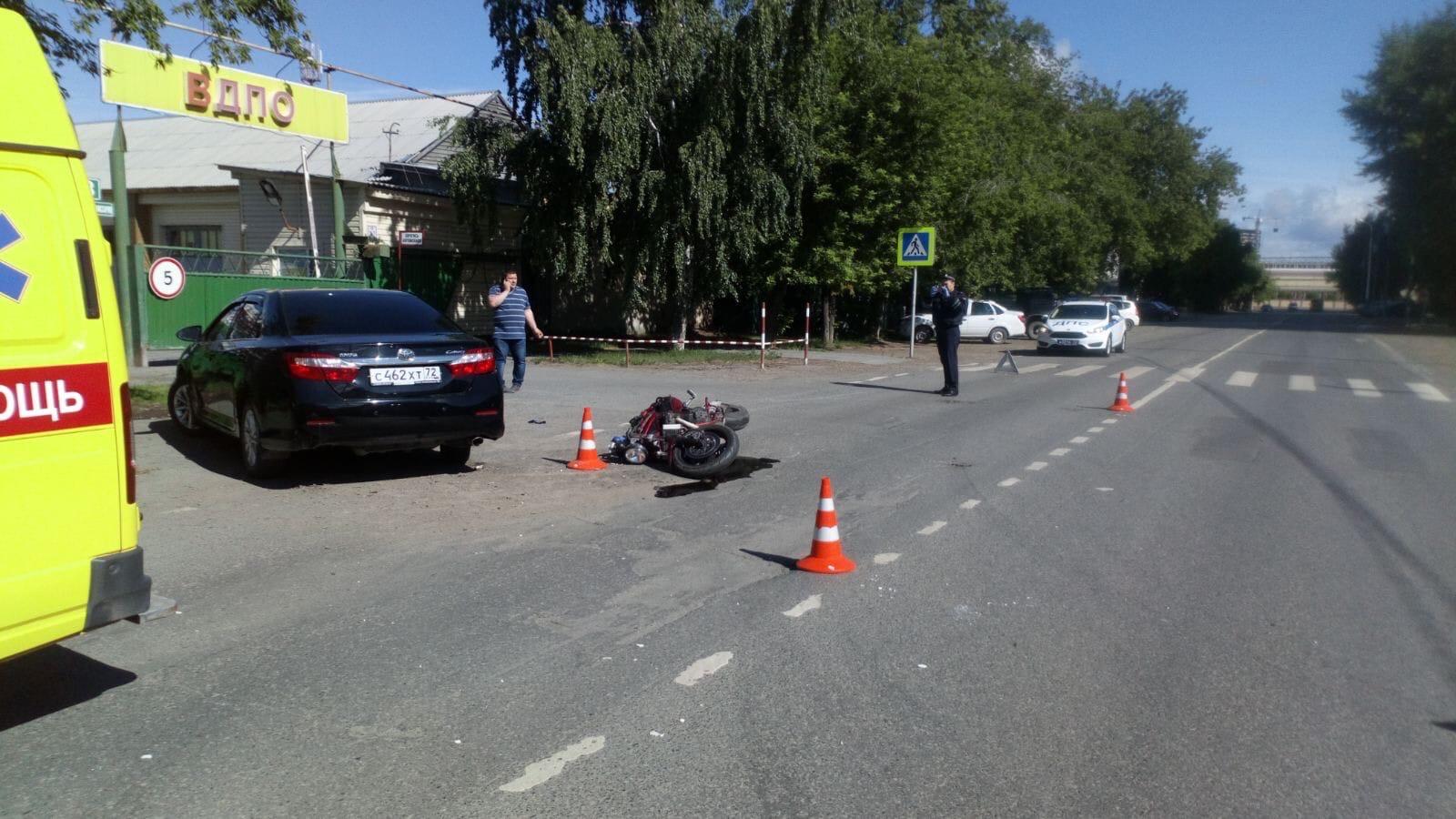 По данным инспекторов, мотоциклист спешил на работу. Доехать оставалось совсем немного