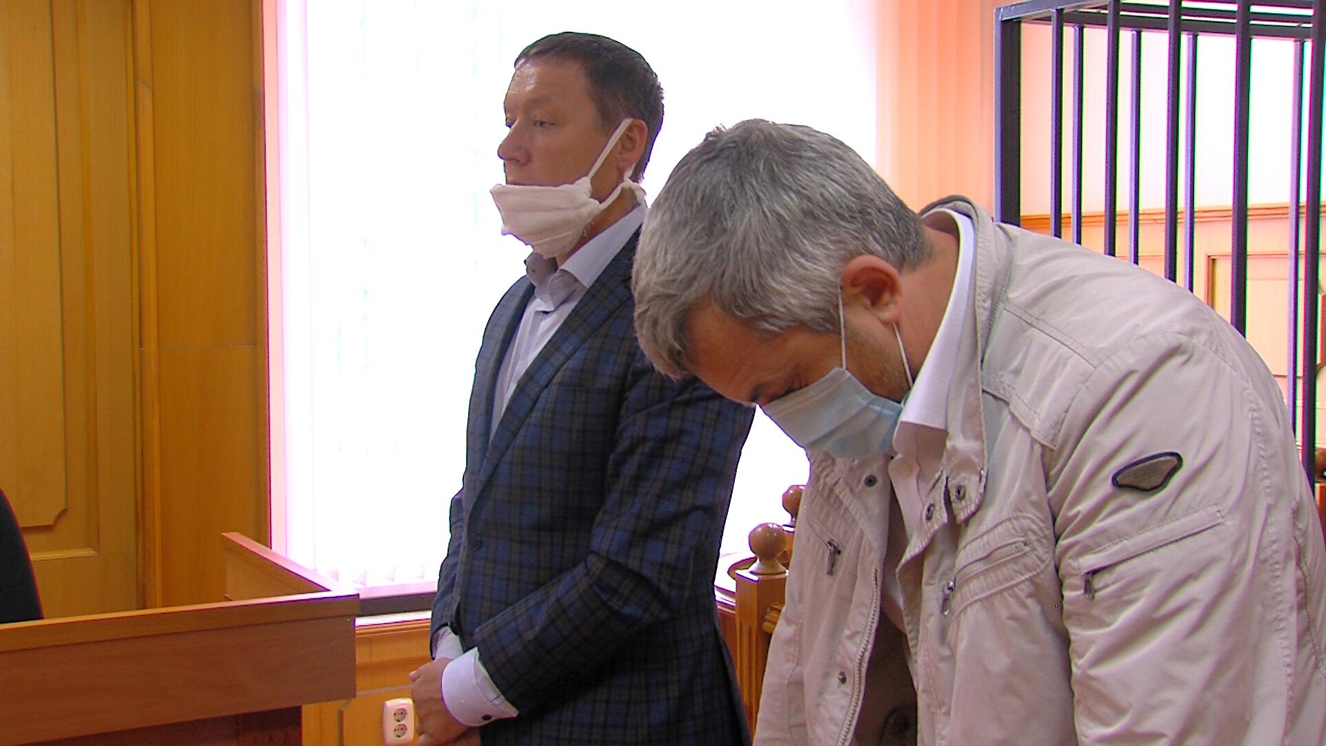 Андрей Талевлин (слева) и Владимир Казанцев пытались обжаловать решение Заксобрания через суд