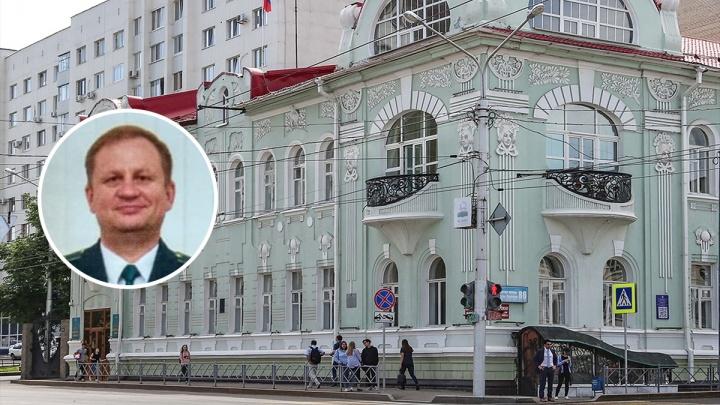Таможенник на «Лексусе» и «Тойоте»: в Башкирии завели уголовное дело на замначальника ведомства