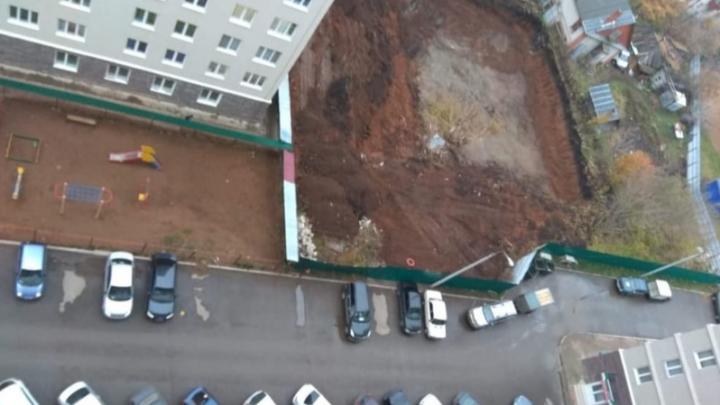 В Уфе вместо детской площадки построят очередную высотку