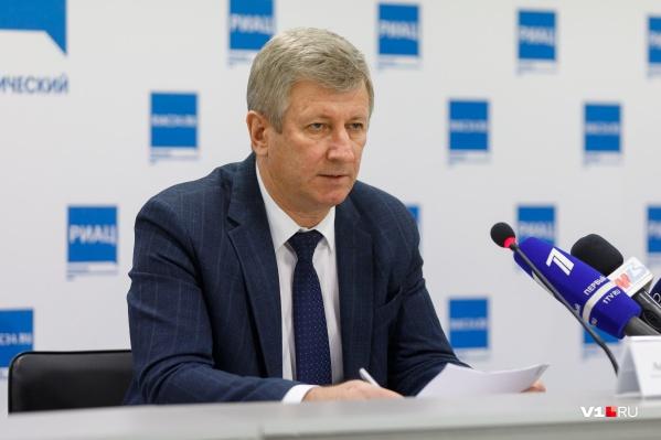 Анатолий Себелев: «У близких заражённых коронавирус не обнаружен»