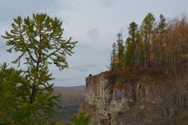 Желтые скалы — популярное место в Шарыповском районе