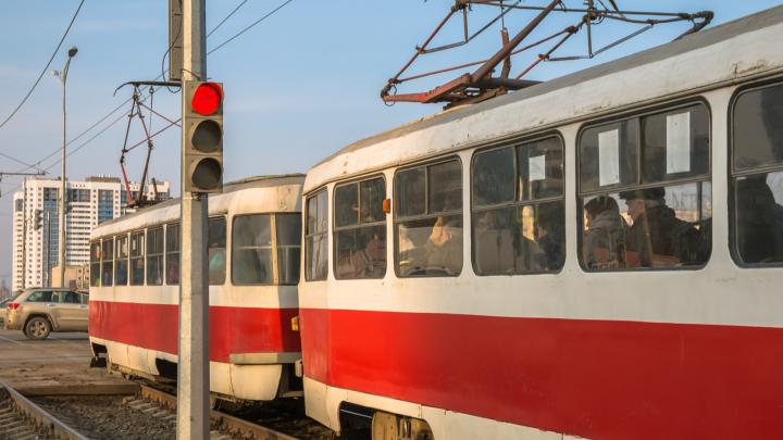 В Самаре закроют движение трамваев по Демократической