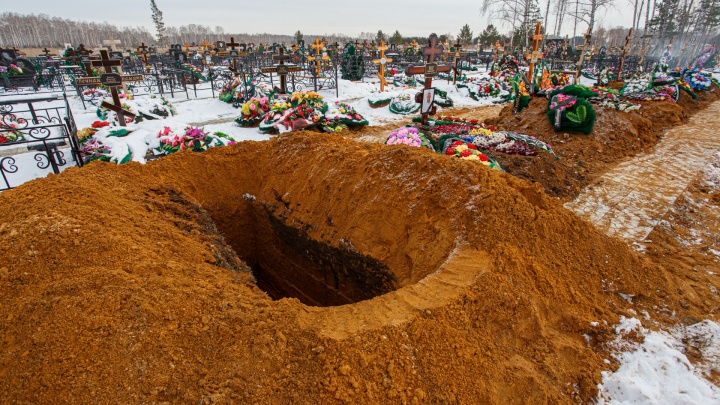 «Умножайте статистику на 15»: число умерших южноуральцев с коронавирусом за месяц выросло наполовину