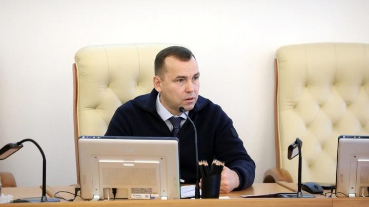 Вадим Шумков предлагает зауральцам решить, оставлять ли точки продажи алкоголя в жилых домах