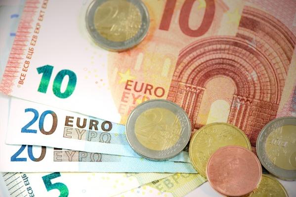Эксперты предсказывают дальнейшее падение рубля