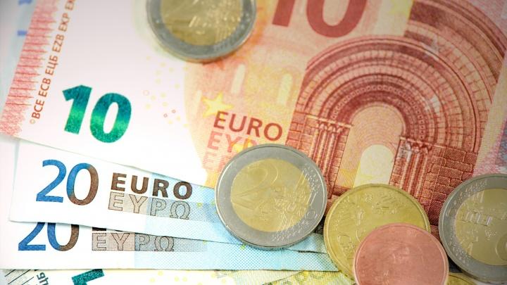 Продолжится ли падение рубля? Как избавиться от долгов тем, кто не вовремя набрал много кредитов