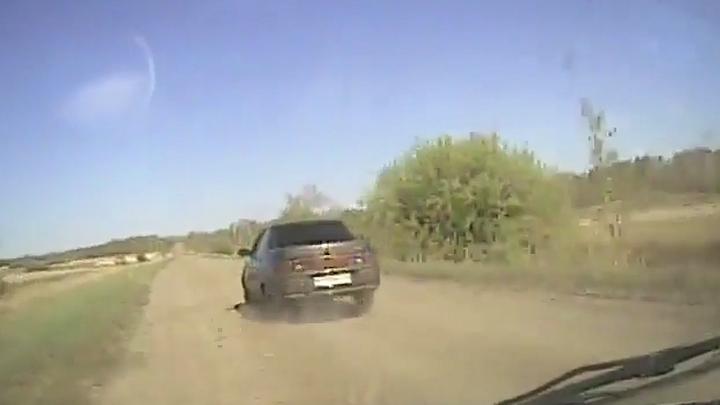 Пришлось стрелять по колесам: в Зауралье полицейские устроили погоню за пьяным водителем